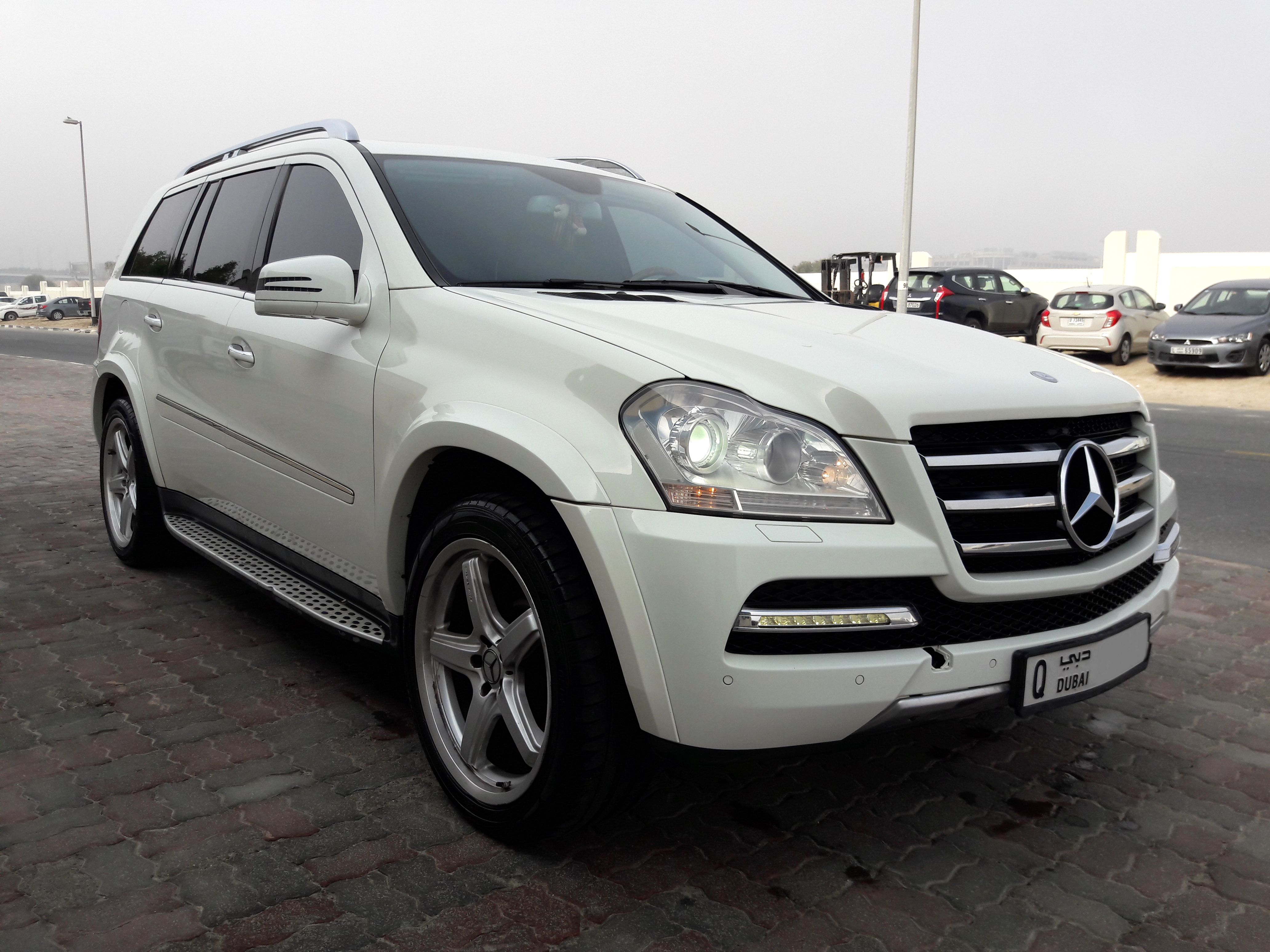 Used mercedes benz gl class gl 500 4matic 2009 car for for Mercedes benz gl used