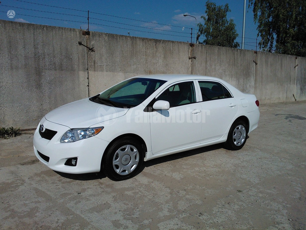 used toyota corolla 1 8l 2010 car for sale in kuwait city 707019. Black Bedroom Furniture Sets. Home Design Ideas