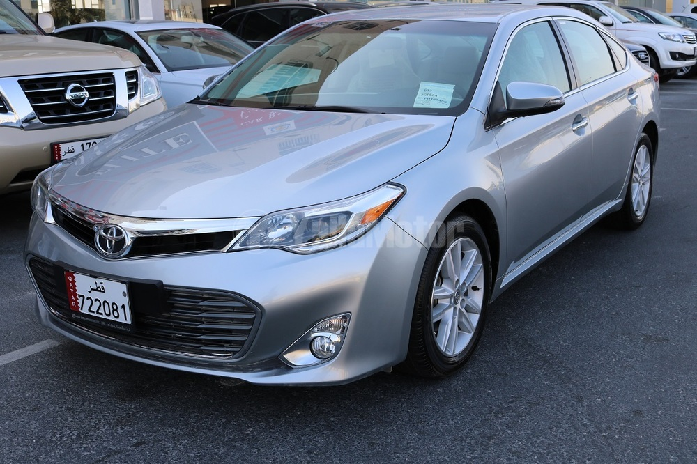 new toyota avalon 2015 car for sale in doha. Black Bedroom Furniture Sets. Home Design Ideas