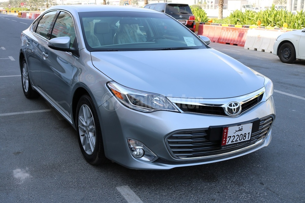 used toyota avalon 2015 car for sale in doha 712879. Black Bedroom Furniture Sets. Home Design Ideas