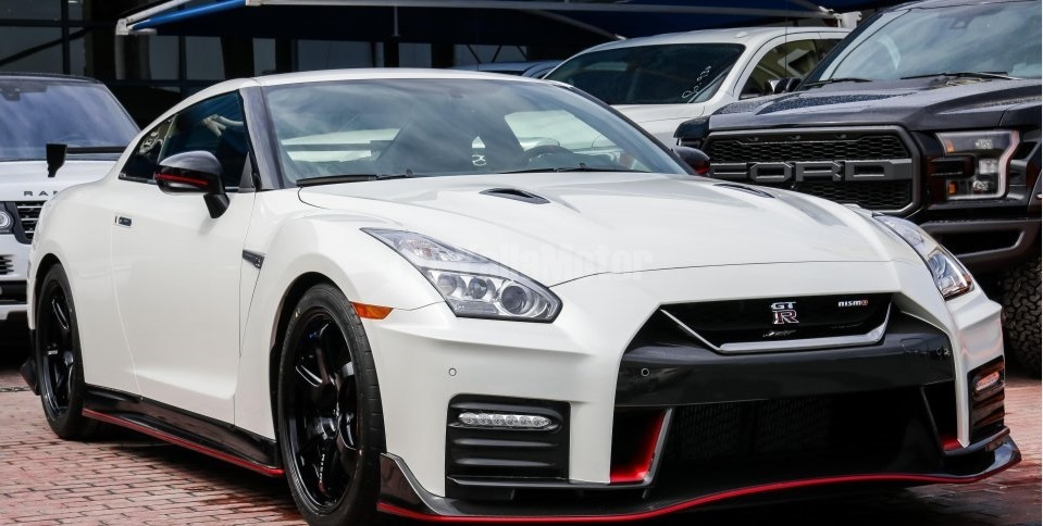 Used Nissan Gt R Nismo 2018 Car For Import In Bahrain