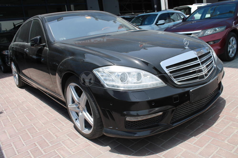 used mercedes benz s class s 500 2010 car for sale in dubai 724037. Black Bedroom Furniture Sets. Home Design Ideas