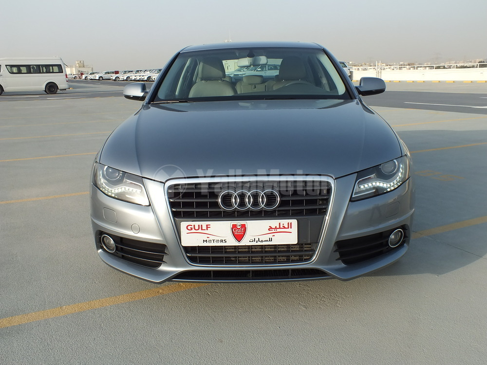 used audi a4 2012 car for sale in dubai 730408. Black Bedroom Furniture Sets. Home Design Ideas