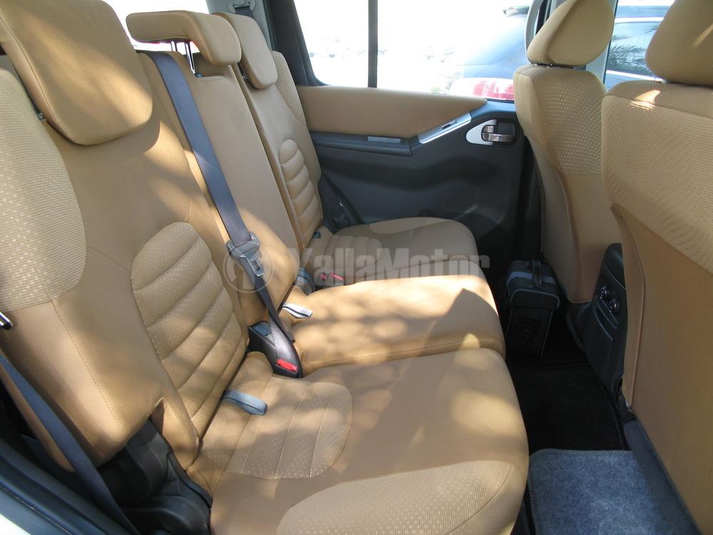 Used Nissan Pathfinder 2015 Car for Sale in Dubai 737675