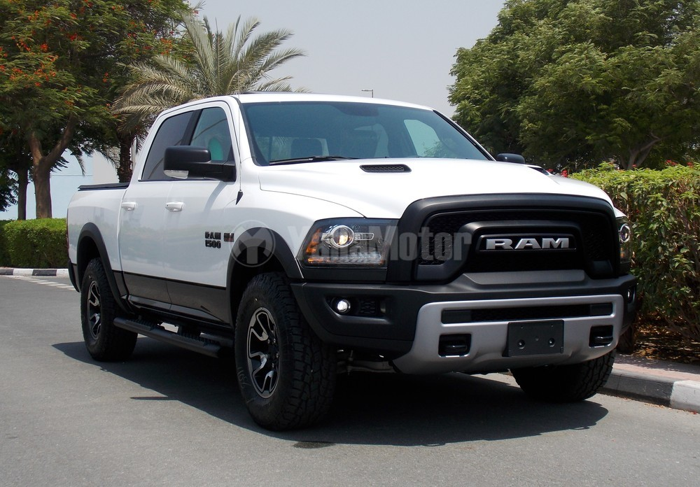 Dodge RAM Rebel 1500 V8 HEMI 2017 Car for Sale in Dubai