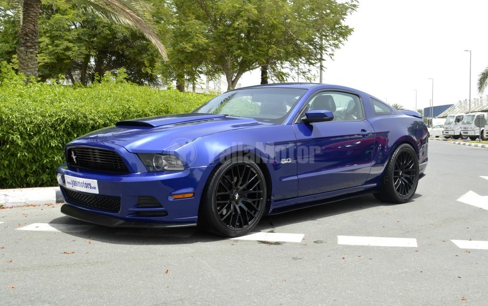 used ford mustang shelby cobra gt500 2013 car for sale in dubai 740045. Black Bedroom Furniture Sets. Home Design Ideas