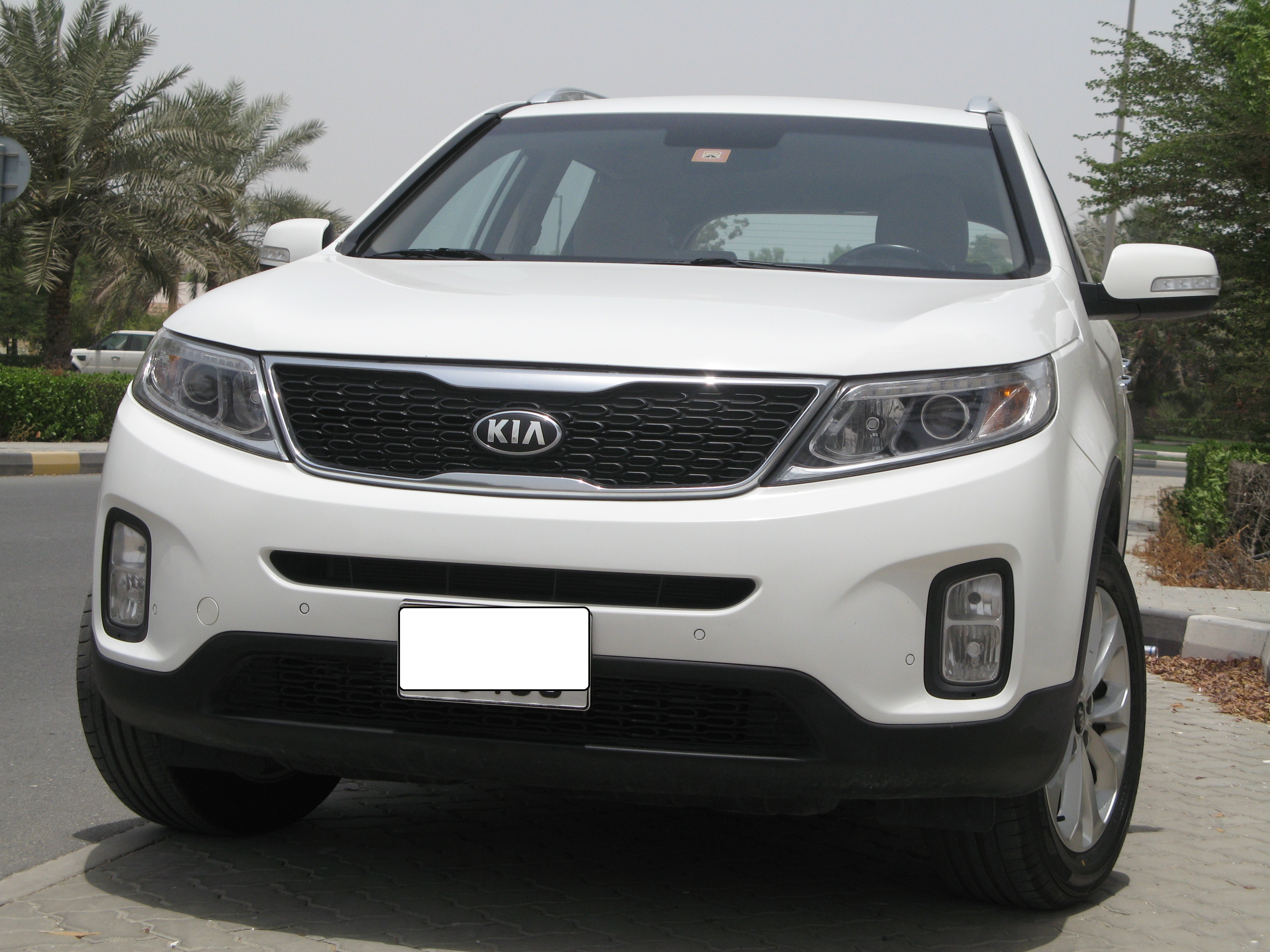 luxury inside price kia and out slashgear drive test sorento