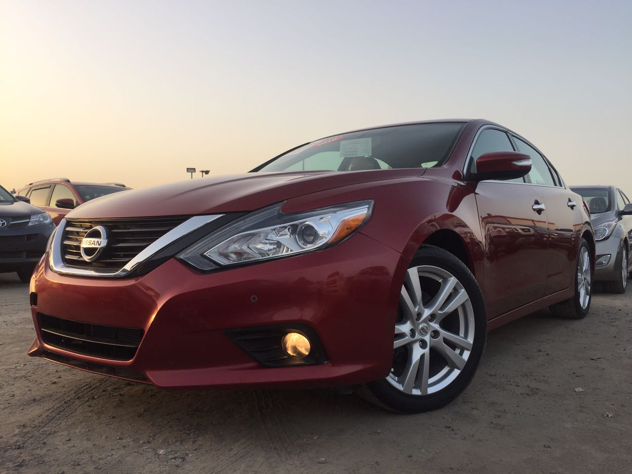 used nissan altima 3 5 sl 2016 car for sale in sharjah. Black Bedroom Furniture Sets. Home Design Ideas