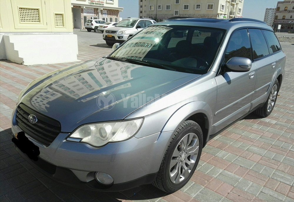 used subaru outback 3 6r s awd 2009 car for sale in muscat 772683. Black Bedroom Furniture Sets. Home Design Ideas