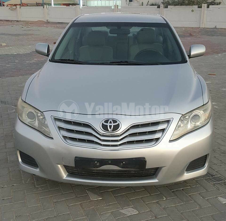door the ratings exterior l camry natl car connection auto specs prices front sedan toyota review angular overview le view photos and