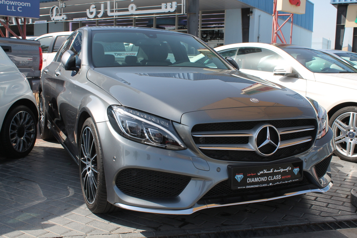 Used mercedes benz c class 2017 car for sale in dubai for Mercedes benz financial phone number