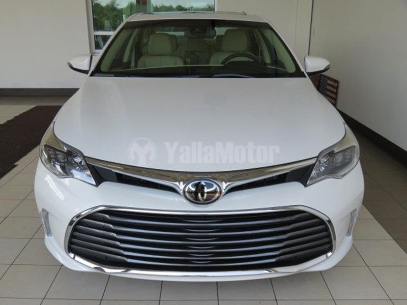 used toyota avalon 3 5l limited navigation 2018 car for sale in dubai 771881. Black Bedroom Furniture Sets. Home Design Ideas