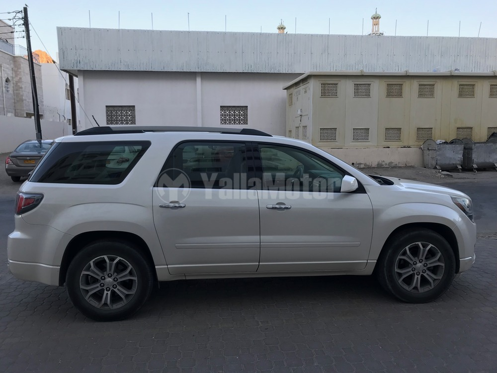 used gmc acadia 2013 car for sale in muscat 779800. Black Bedroom Furniture Sets. Home Design Ideas