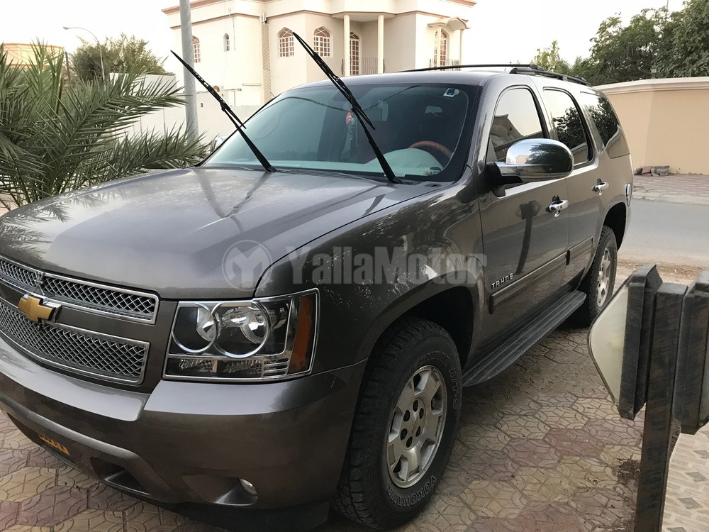 used chevrolet tahoe 2013 car for sale in muscat 782477. Black Bedroom Furniture Sets. Home Design Ideas