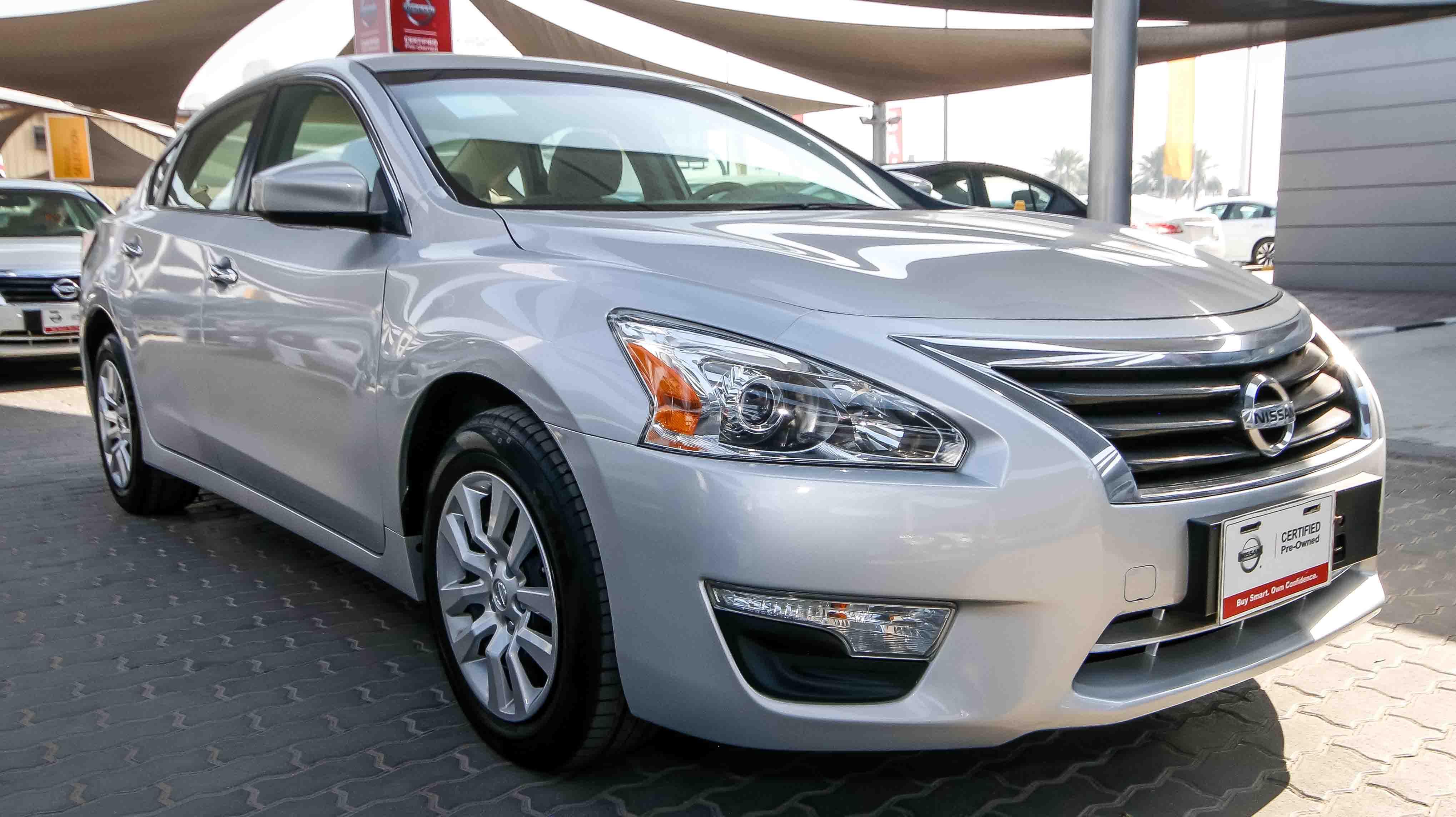 car used altima dubai grey nissan for aed sale