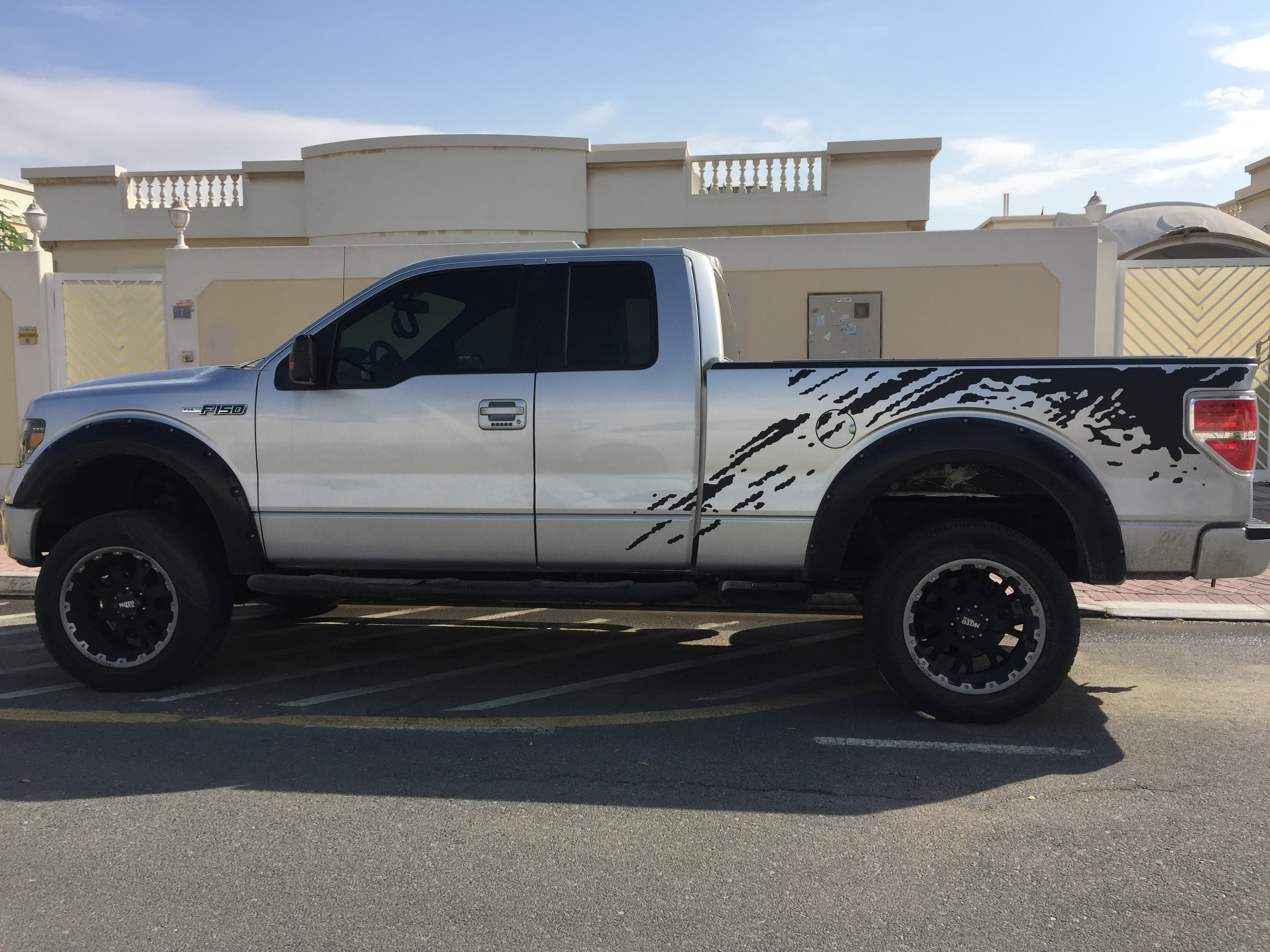Used Ford F 150 2012 Car For Sale In Dubai 786090