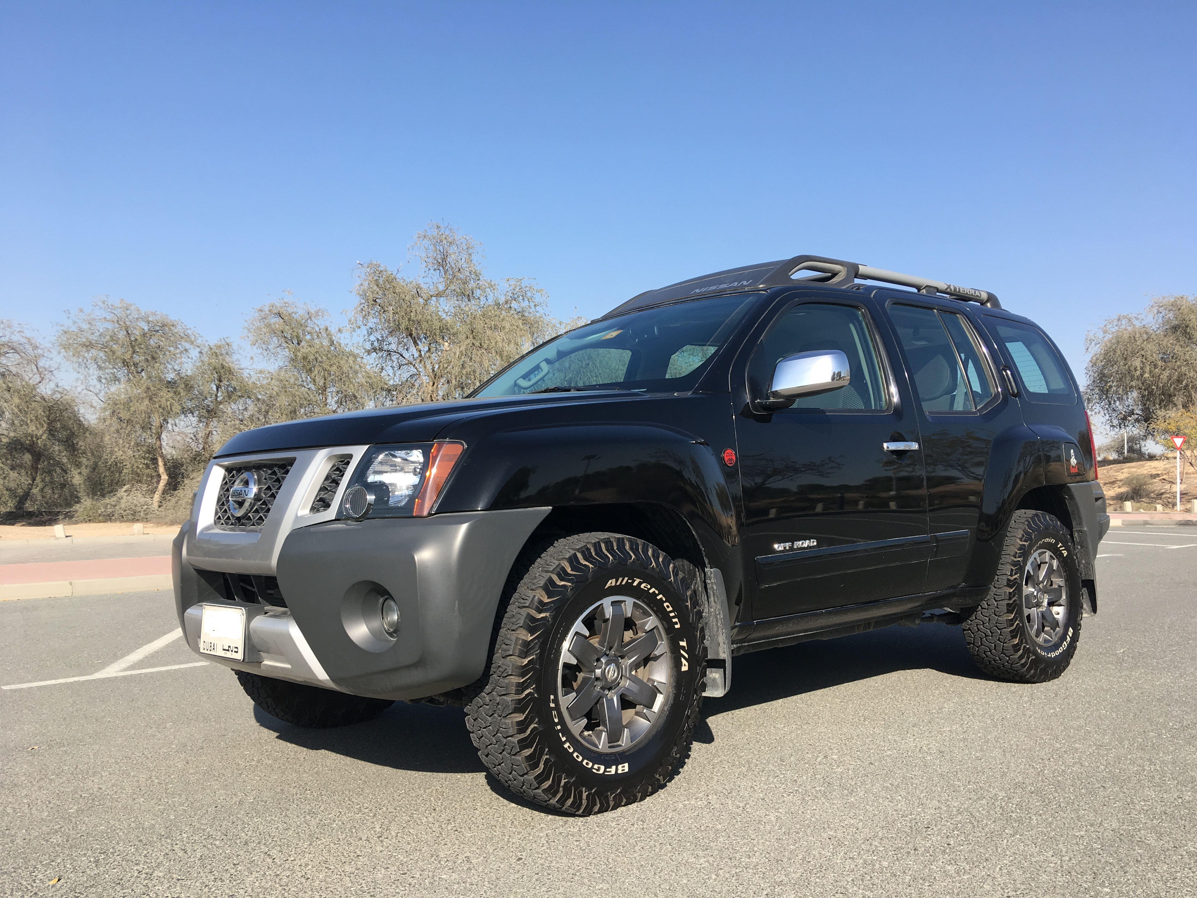 glacier composite suv nissan large research xterra white s x groovecar