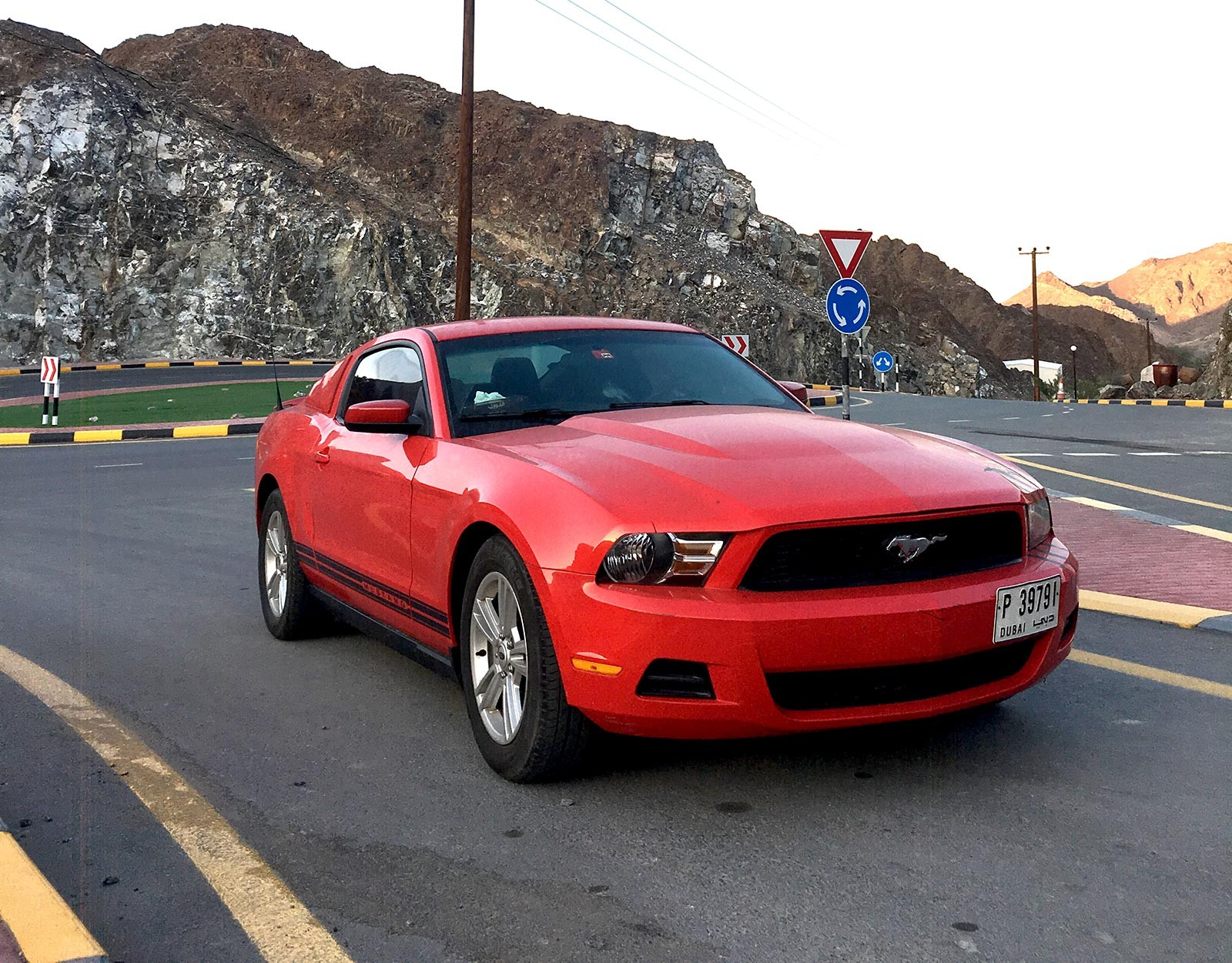 Used ford mustang v6 coupe 3 7l gt 2012 aed 22000
